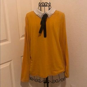 Long Sleeve sweater with bow